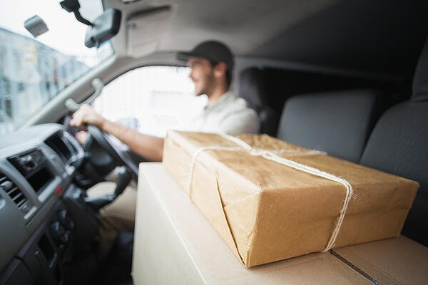 1 - Choosing a courier with AEO certification